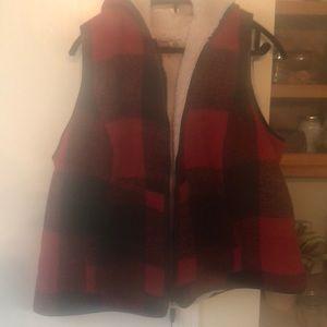 NEW Ruff Hewn plaid Sherpa vest